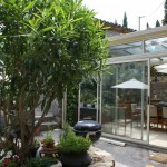 villa ndio courtyard